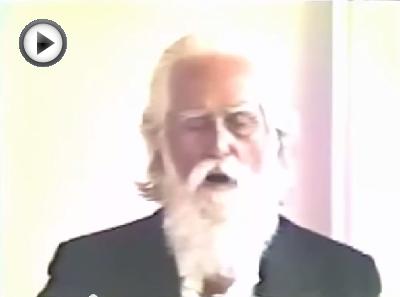 Omraam Mikhaël Aïvanhov singt AOUM
